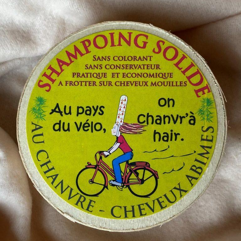 Shampoing solide au chanvre. POur les cheveux secs et abimés